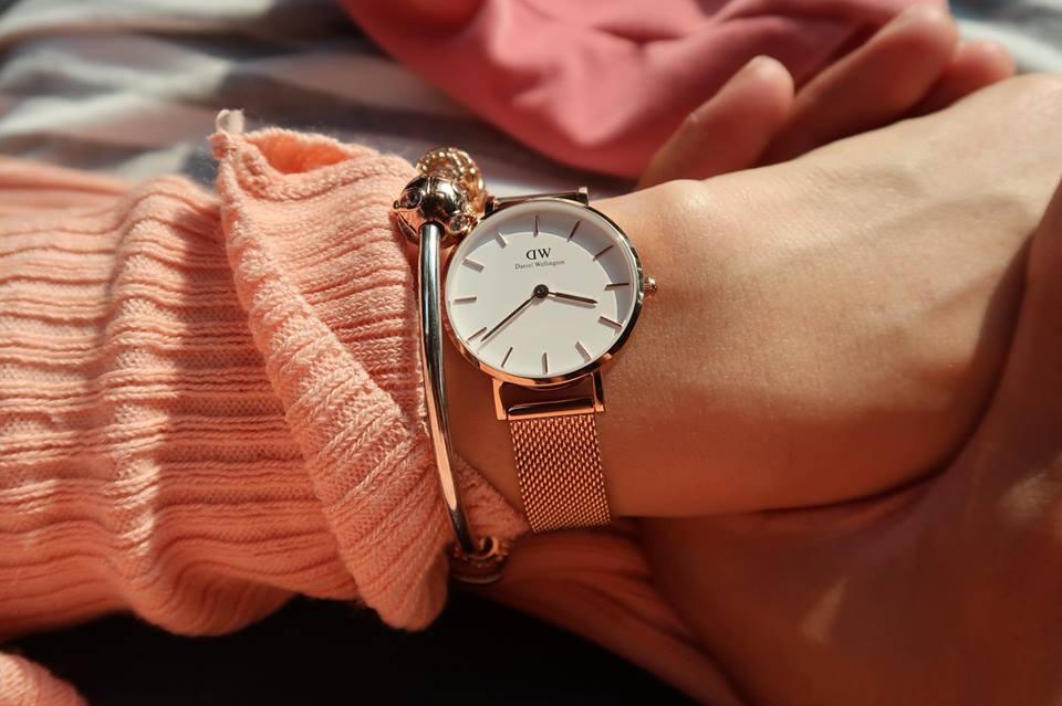นาฬิกาสุดคลาสสิกของสาวหวาน Daniel Wellington สีโรสโกลด์